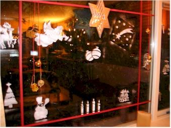 Kerstdecoraties Met Rood : Kerstdecoratie een sfeervol gedekte tafel decoratie in huis